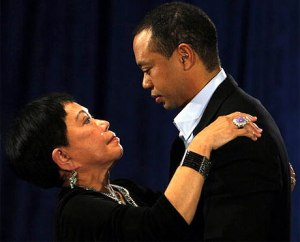 tiger-woods-mother-at-press-conference-021910-lg
