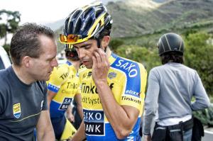 Steven de Jongh geeft Alberto Contador advies